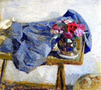 Red Roses and a Cloth on a Table | Edouard Vuillard | oil painting